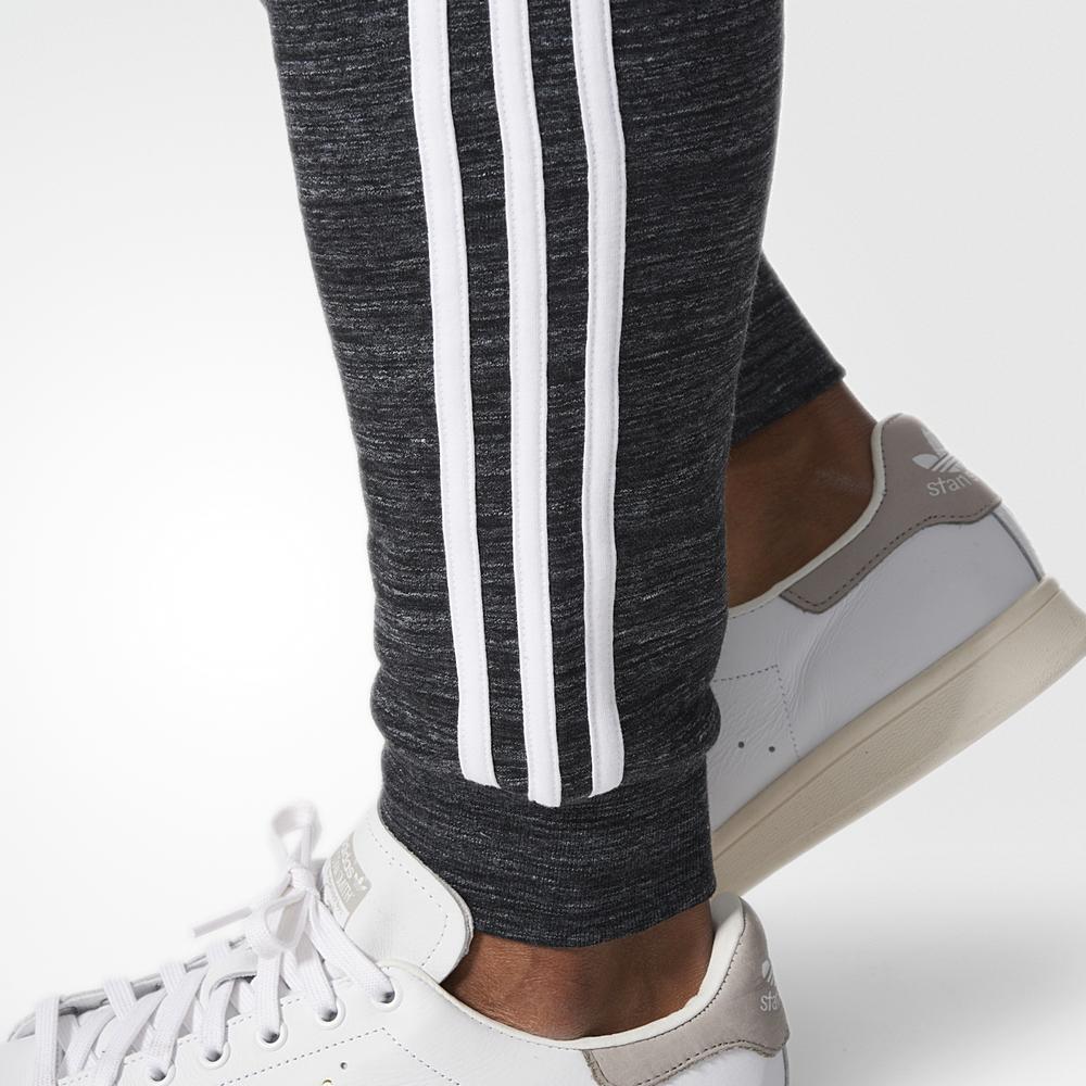 zegarek wyprzedaż w sklepie wyprzedażowym słodkie tanie Spodnie adidas CLFN FT PANTS